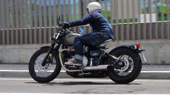 Triumph Bonneville Bobber: prova su strada, caratteristiche e prezzo