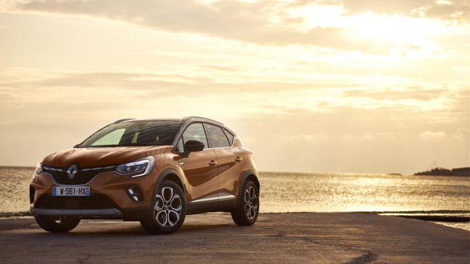 Un'immagine della Renault Captur MY2020