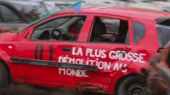 Uno dei partecipanti al Demolition Derbi da record di St-Lazare de Bellechasse, in Canada