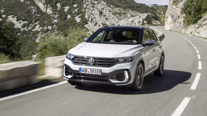 Uno scatto di Volkswagen T-Roc R 4Motion