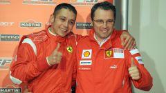 Valentino Rossi e Stefano Domenicali all'epoca del test a Fiorano con la Ferrari