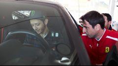 Valentino Rossi prova la Ferrari 488 Pista
