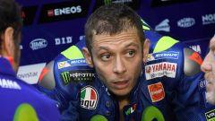 """MotoGP Inghilterra 2017, Valentino Rossi: """"La gara di domani? Sono preoccupato"""""""