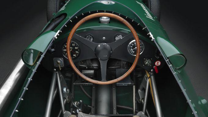 Vanwall F1: gli interni della monoposto replica del '58