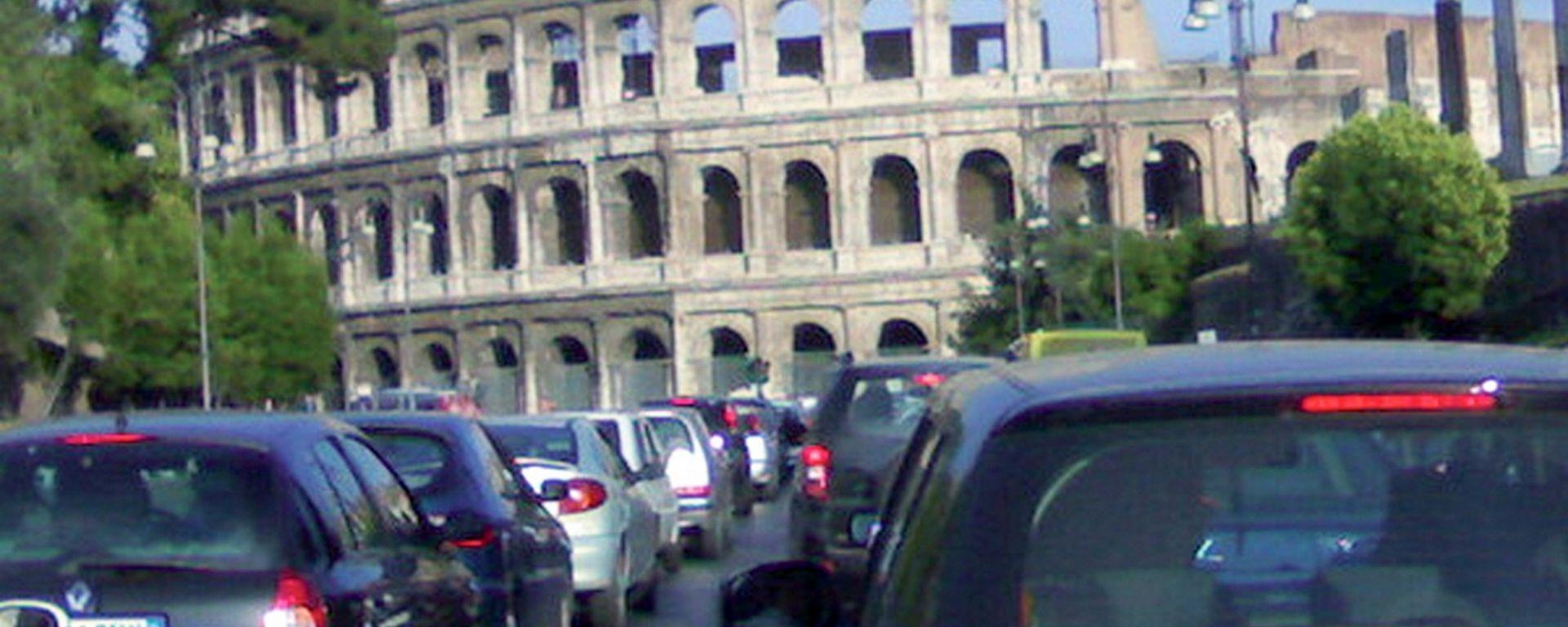 Vecchi diesel, da gennaio 2019 anche Roma chiude agli Euro 3
