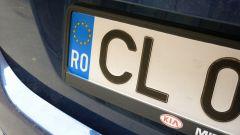 Auto a targa straniera, multa se non vengono reimmatricolati in Italia