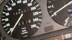 Vendere auto usate, mai manomettere il contachilometri
