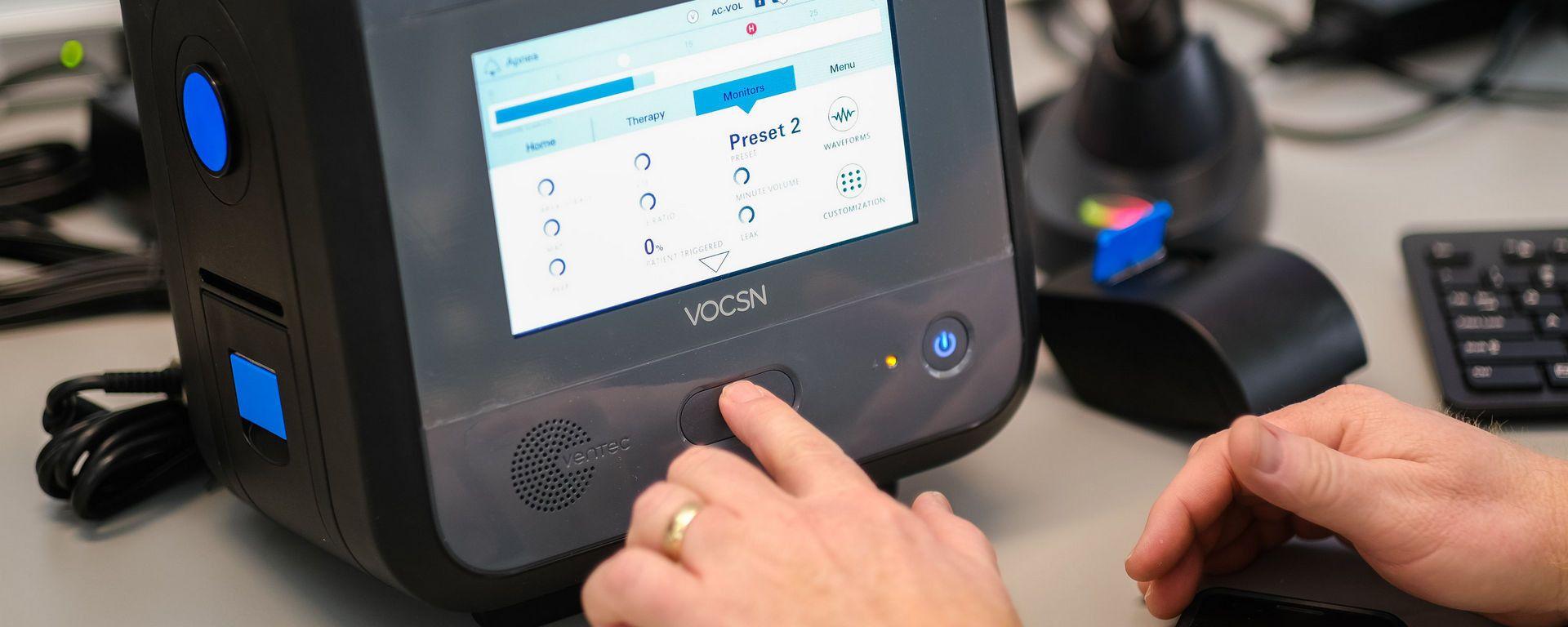 Ventilatore polmonare VOCSN di Ventec Life Systems
