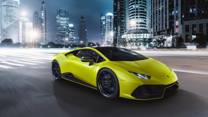 Verde, due tinte d'arancio, giallo e un particolare celeste: ecco le tinte Lamborghini Huracan EVO Fluo Capsule