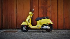 Vespa 300 GTS Super, vista laterale