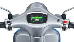 Vespa Elettrica 70 km/h: particolare della strumentazione
