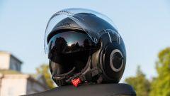 Vespa GTS 300 HPE SuperTech: il casco Shark