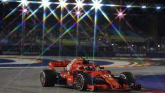 Vettel a muro in FP2, alla faccia degli 'errori da evitare', ecco le sue parole - Immagine: 3