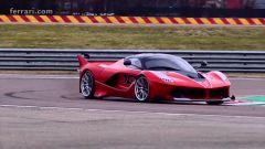 Vettel alla guida della Ferrari FXX K - Immagine: 5