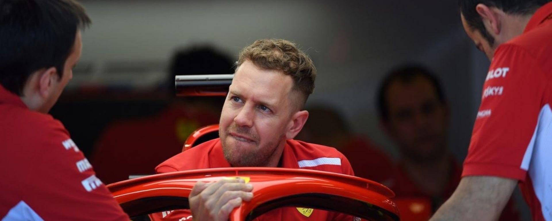 """Vettel si traveste da psicologo e si auto-analizza: """"Io, il mio nemico"""""""