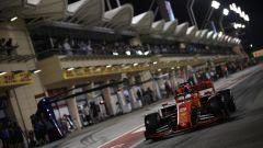 Vettel esce dai box durante le qualifiche GP Bahrain 2019