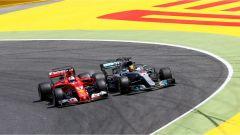 Vettel VS Hamilton, la lotta in fondo al rettilineo - F1 2017 GP Spagna