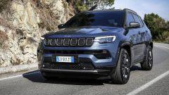 """""""Hey, Jeep!"""". Al volante di Compass 2021: il video test drive - Immagine: 3"""