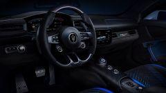 Video: come nasce Maserati MC20. Gli interni della sportiva modenese