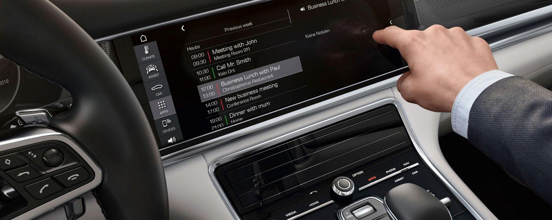 Porsche Connect: in due minuti, ecco cosa fa l'infotainment della nuova Panamera