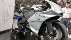 Vins EV-01: ecco com'è la moto elettrica in fibra di carbonio
