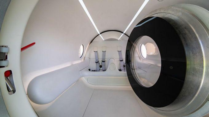 Virgin Hyperloop: l'interno dell'pod XP-2