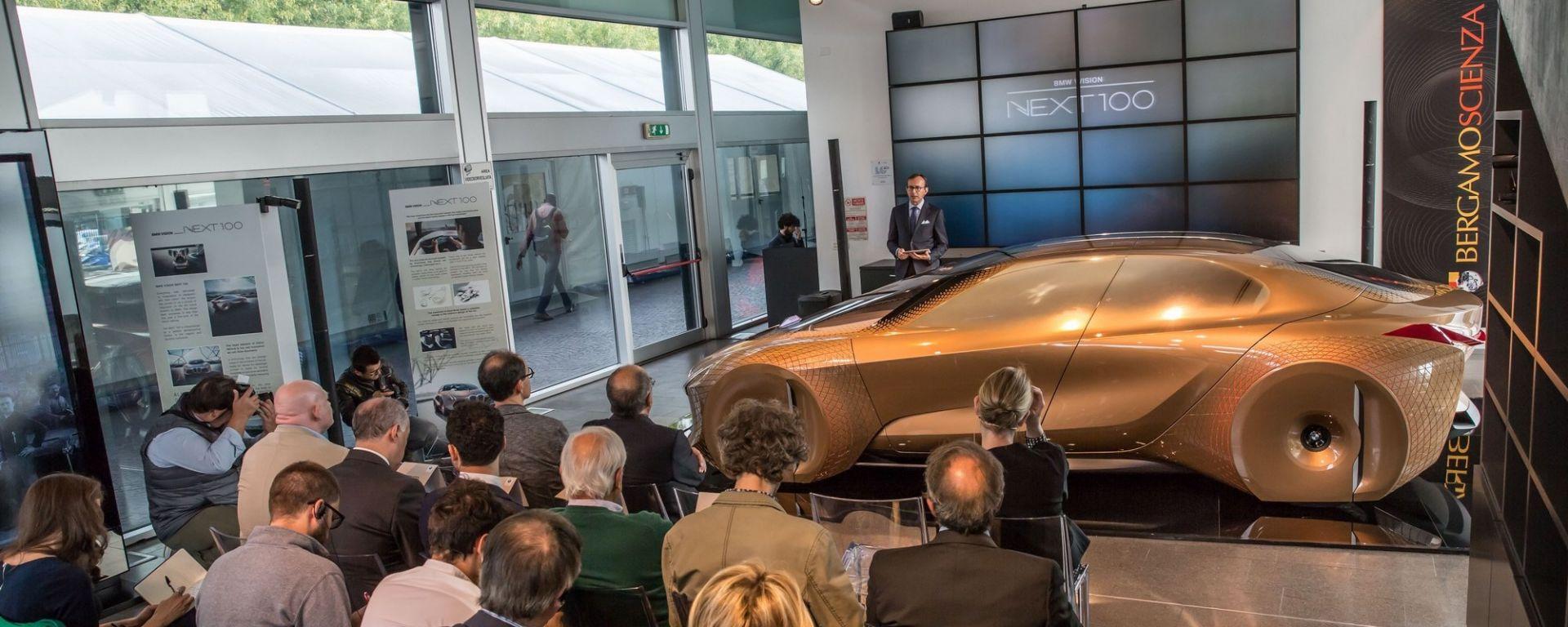 """Vision Next 100, a """"Bergamo Scienza"""" la BMW del futuro anteriore"""