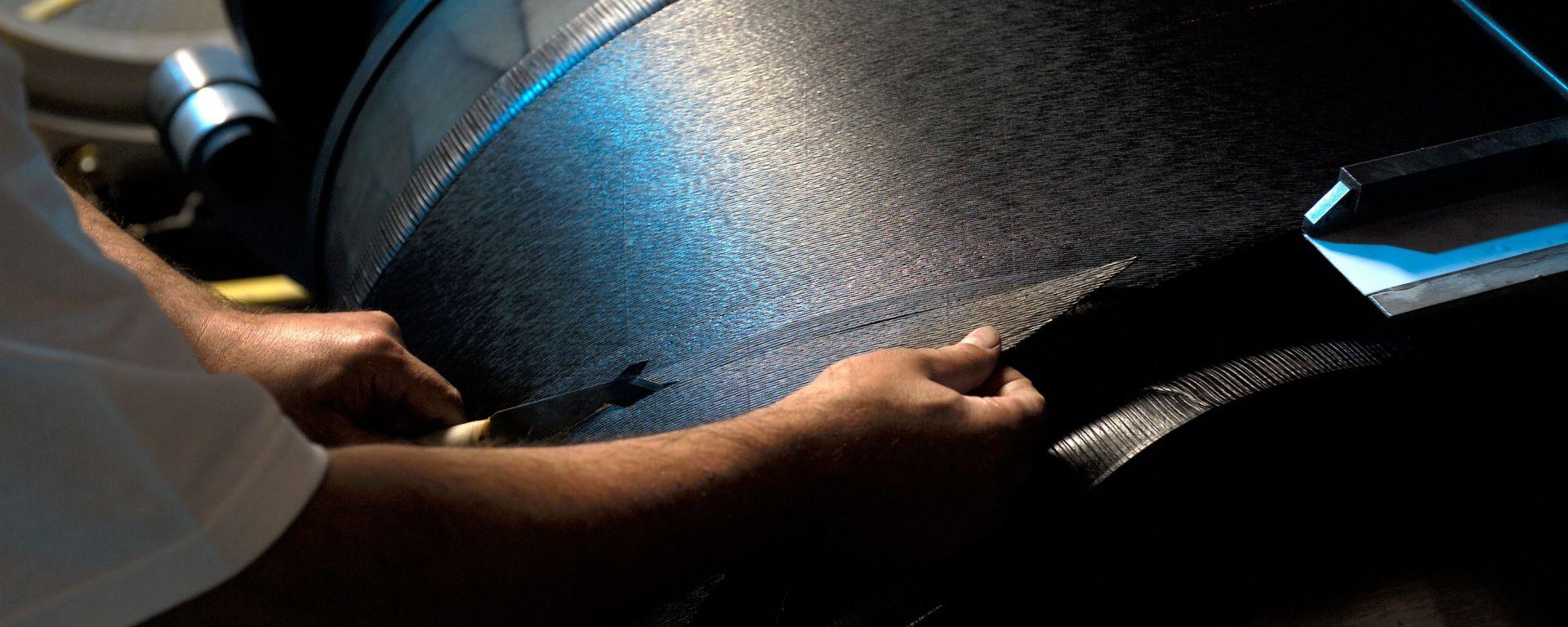 Michelin: come nascono le gomme da corsa
