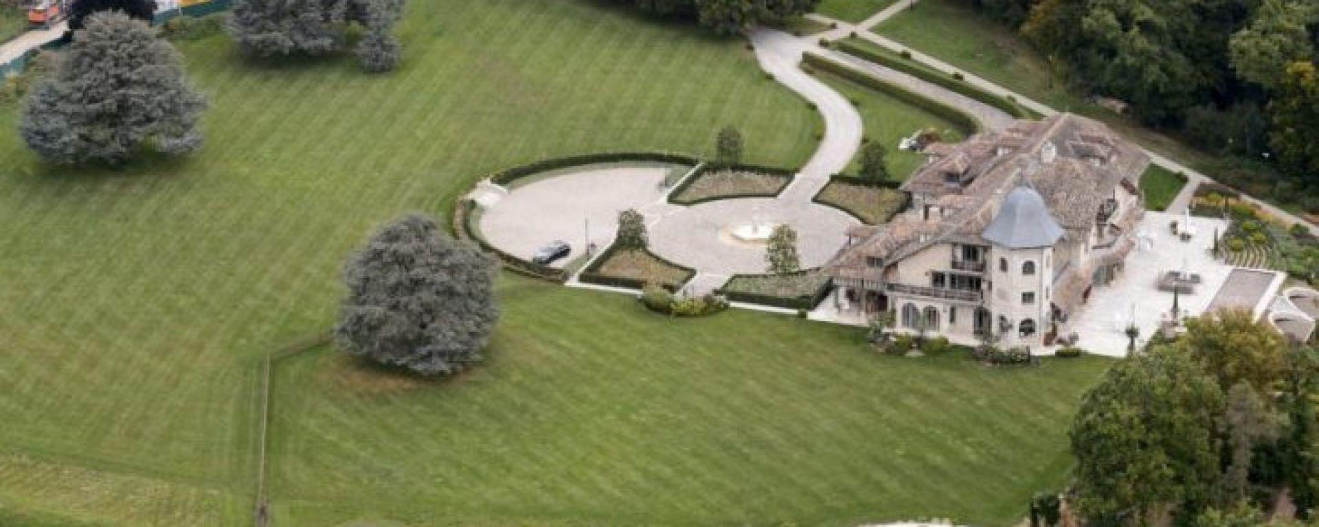 Vista aerea della casa di Schumacher in Svizzera