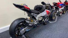 Vista di 3/4 posteriore della Honda CBR del Team Triple M del Mondiale Superbike 2018 in vendita