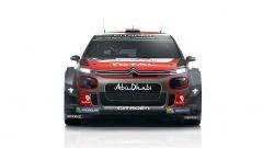 Visuale frontale con il paraurti rialzato e le nuove generose prese d'aria - Citroen C3 WRC