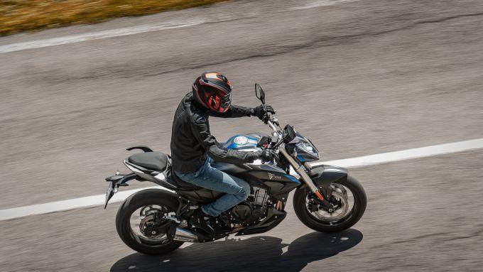 Voge Brivido 500R: con un serbatoio da ben 16,5 litri promette oltre 500 km di autonomia
