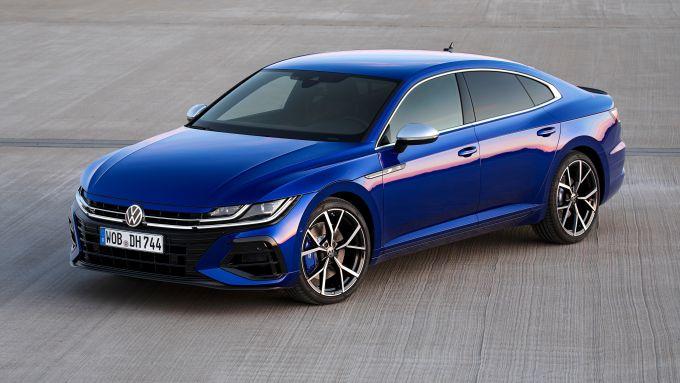 Volkswagen Arteon 2020: la versione R berlina