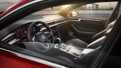 Volkswagen Arteon 2020 versione R-Line: gli interni
