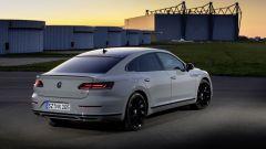 Volkswagen Arteon R-Line: visuale posteriore