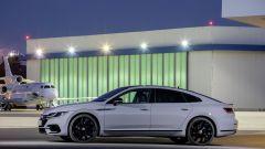 Volkswagen Arteon R-Line:visuale laterale