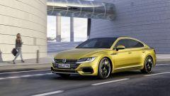 Volkswagen Arteon: un gradino sopra la Passat