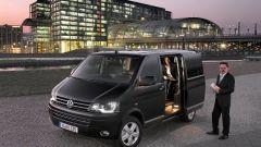 Volkswagen Caravelle Business - Immagine: 2