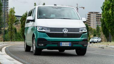Volkswagen Caravelle, la prova su strada