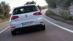 Volkswagen e-Golf: come su ogni elettrica mancano i terminali di scarico