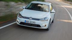 Volkswagen e-Golf: il nuovo motore elettrico ha 136 cv