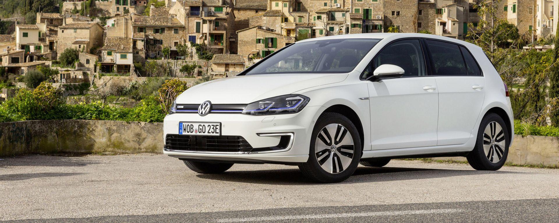 Volkswagen e-Golf la media elettrica tedesca