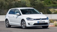Volkswagen e- Golf restyling: prova, dotazioni, prezzi - Immagine: 1