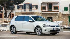 Volkswagen e-Golf: vista 3/4 anteriore