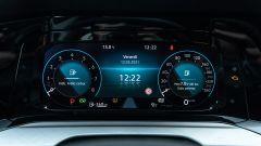 Volkswagen Golf 1.0 eTSI DSG Life, la strumentazione Digital Cockpit Pro da 10,25