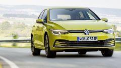 Volkswagen Golf 1.0 eTSI, stessa potenza ma consumi ridotti
