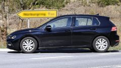 Volkswagen Golf 2020, foto spia senza camouflage