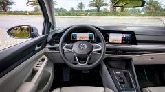 Volkswagen Golf 8, gli interni