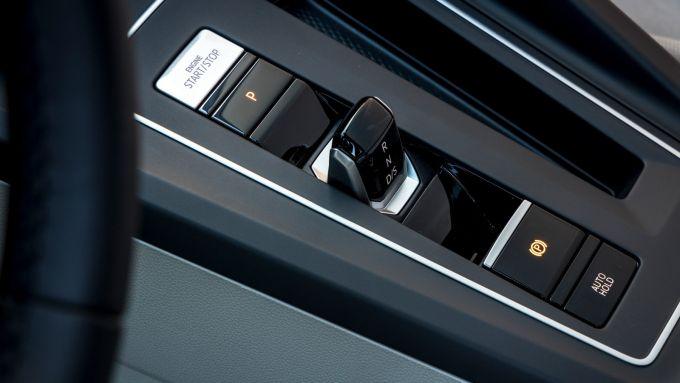 Volkswagen Golf 8, il nuovo comando del cambio automatico