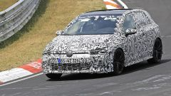 Volkswagen Golf 8, le foto spia dal 'Ring
